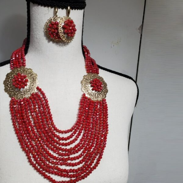 Africa Beaded Necklace2 min