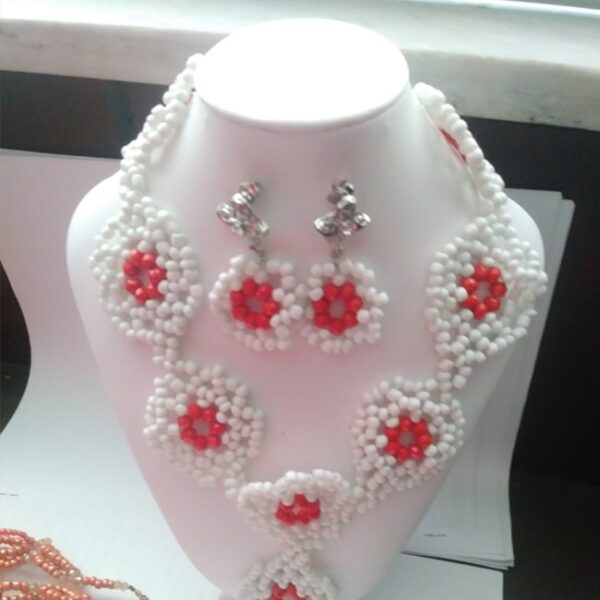White Beads Jewelry Set