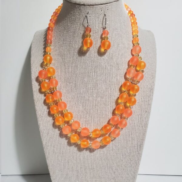Color-Blocked Double Strand Necklace with Earrings